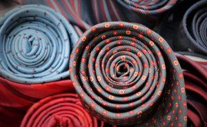 Najpopularniejsze tkaniny koszulowe